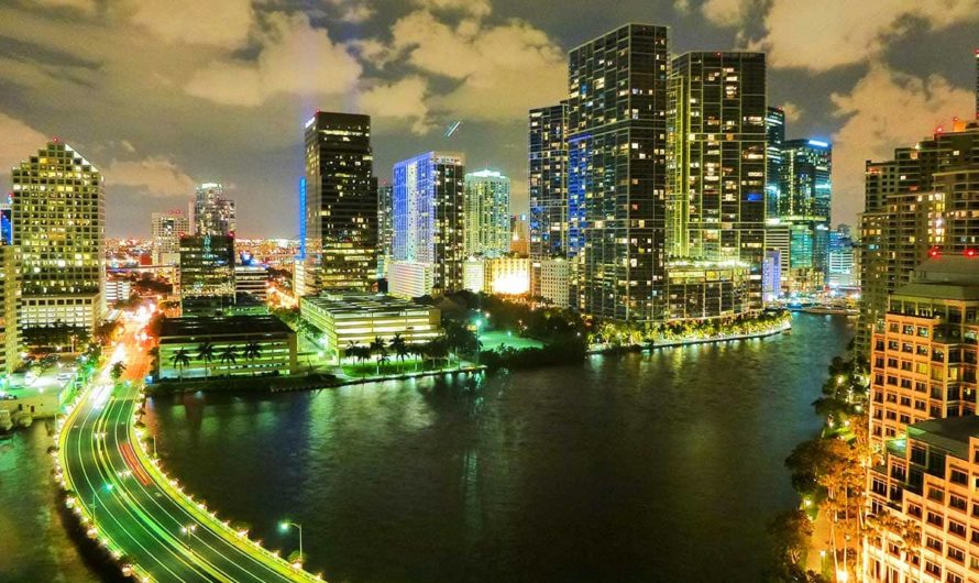 10 Best Places To Go In Miami Beach, FL