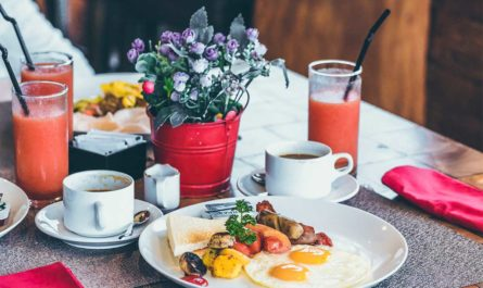 best breakfast and brunch in coconut grove